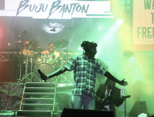 Reggae legend comes through | Buju Banton appeases thousands in RT